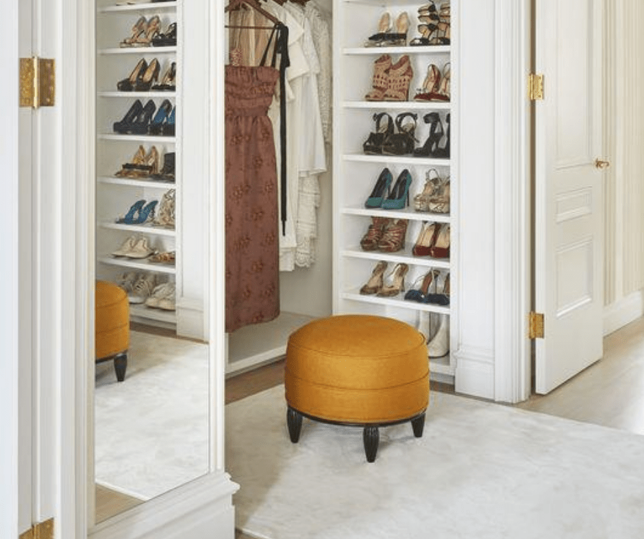 Colorful stool-closet